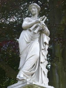 25.Euterpe_auf_Brunnenwand(1857)-Friedrich_Ochs-Sanssouci-Mittlerer_Lustgarten_Steffen_Heilfort